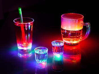 Blinkende Partygläser